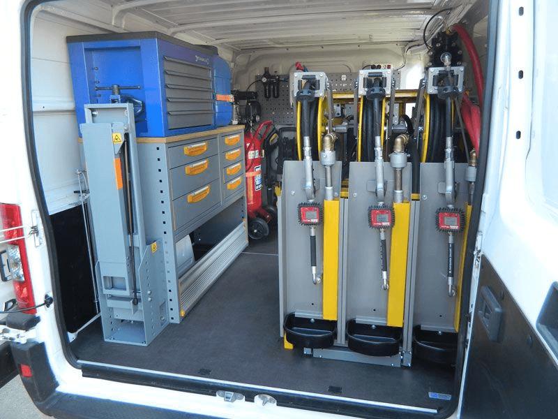 Процесс установки ДУТа - специальный автомобиль